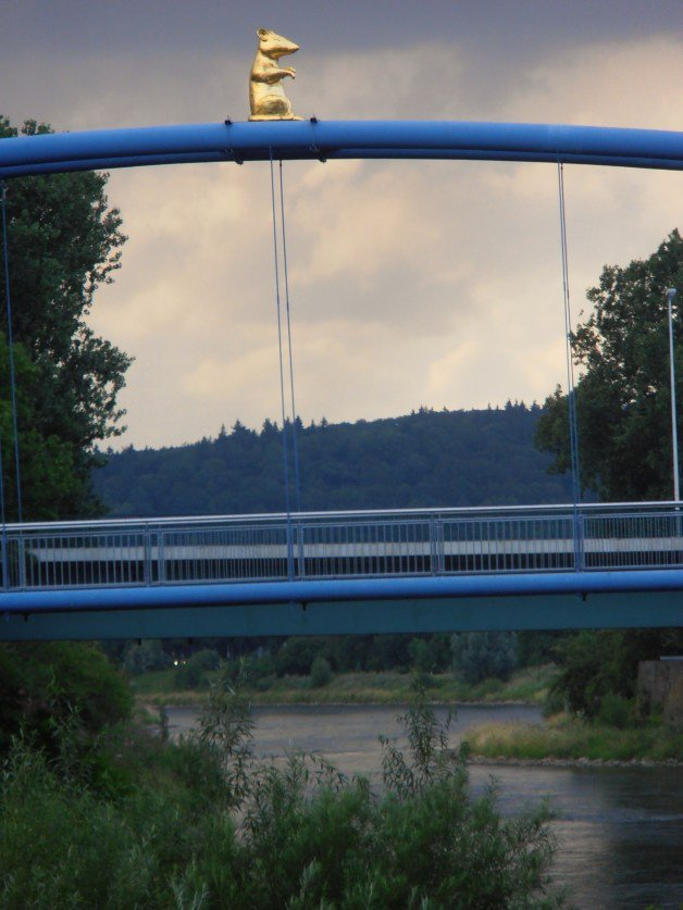 Puente con ratón en Hamelín