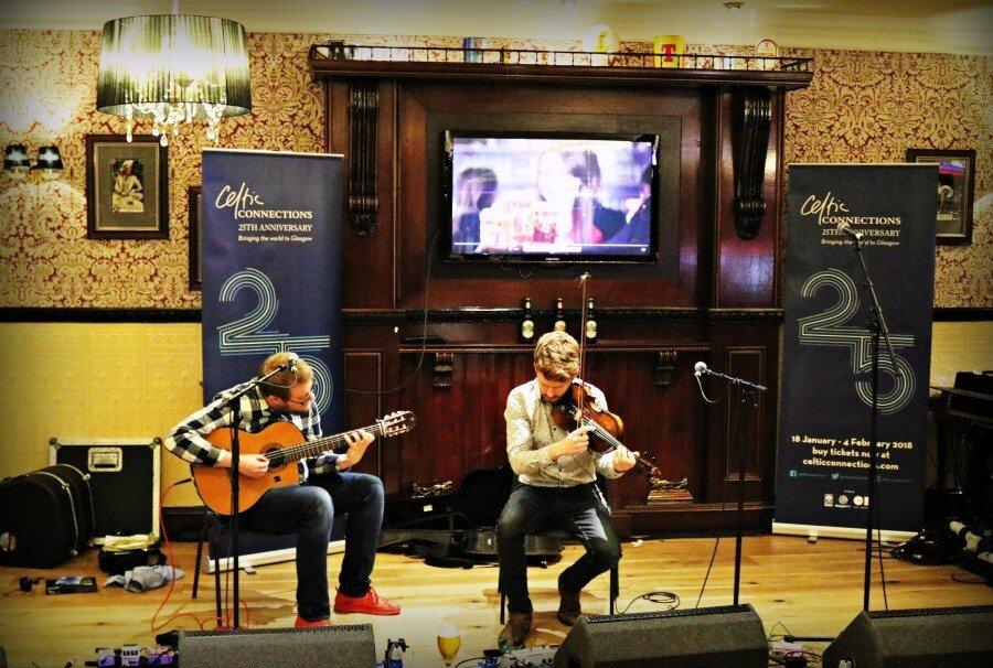 Visitar Glasgow música celta