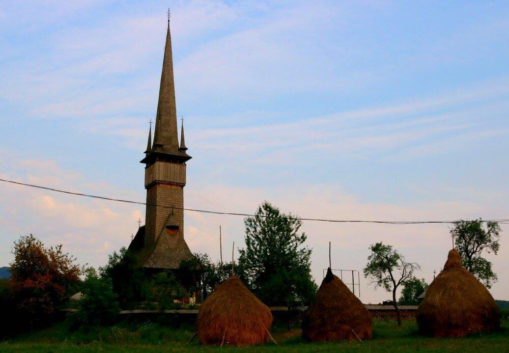 Biserica Plopis - Iglesias de madera de Maramures en Rumanía