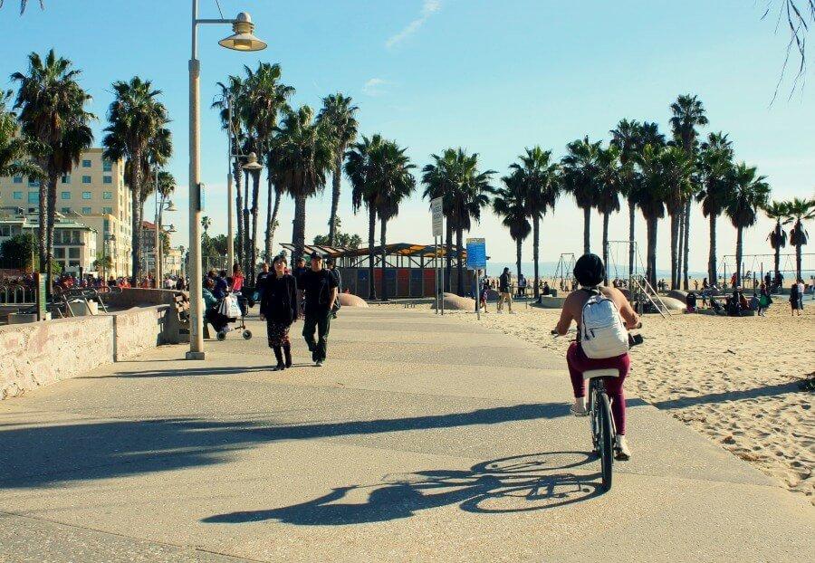Ruta en bici de Santa Mónica a Venice Beach - Qué hacer en Los Ángeles