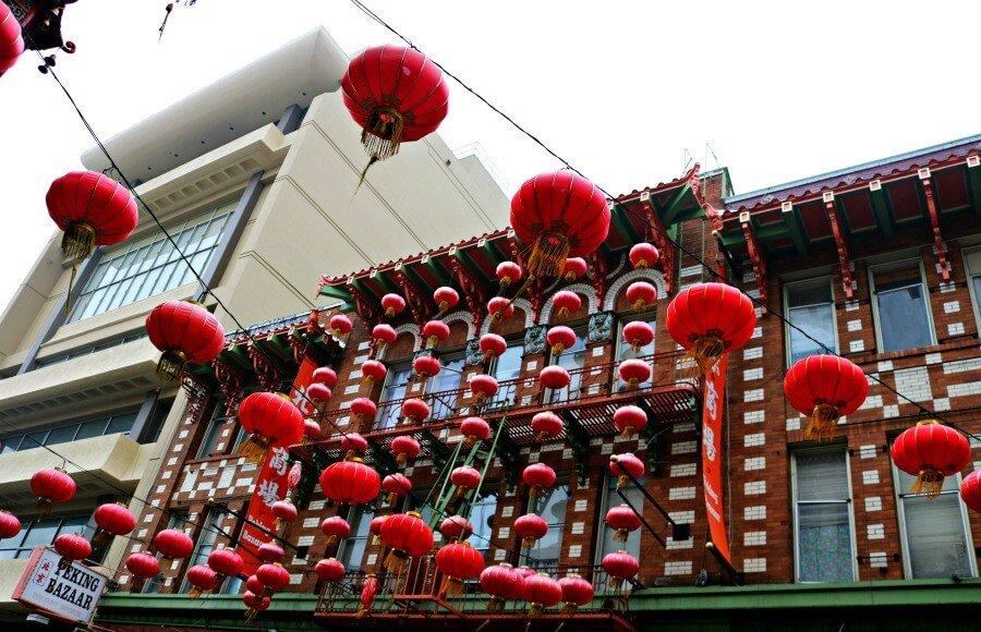 Farolillos en Chinatown, el barrio chino