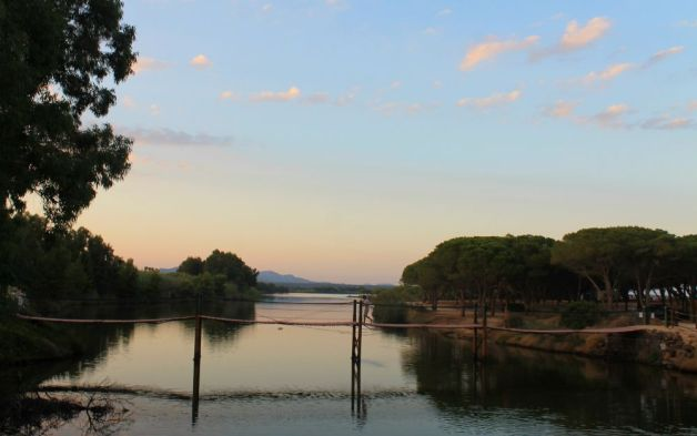 Puente sobre el río Petrosu en Cerdeña