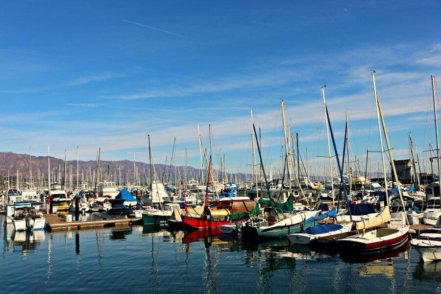 Puerto de Santa Bárbara y montañas