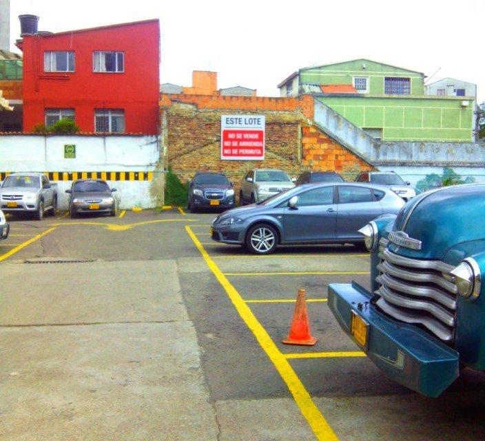 Aparcamientos en Colombia y coches