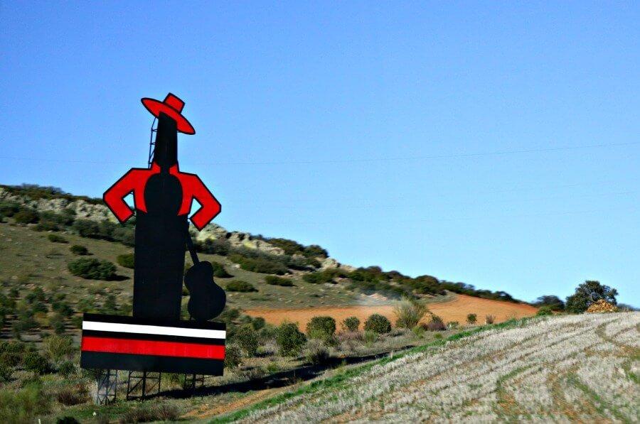 Cartel de Tio Pepe en la Autovía Madrid-Sevilla
