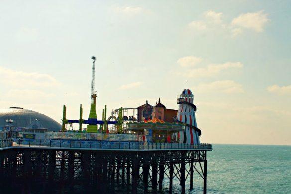 Parque de atracciones en el Palace Pier de Brighton