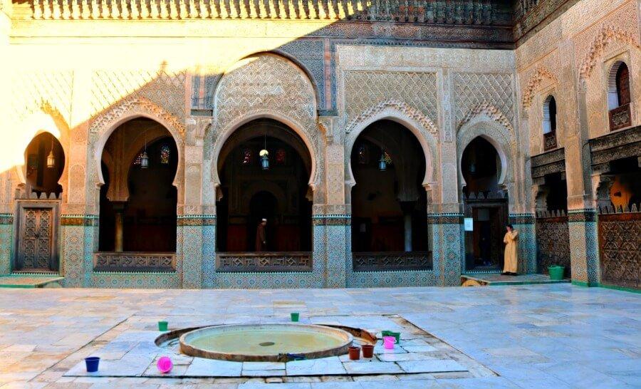 Patio de la Madraza Bou Inania - Qué ver en Fes