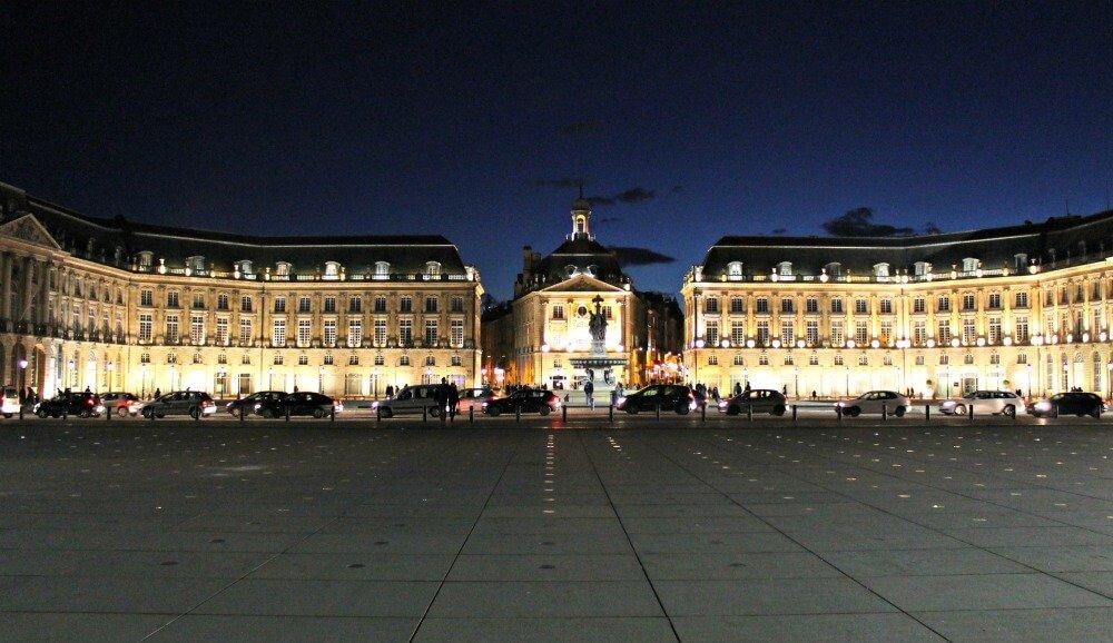 Plaza de la Bolsa - Rincones de Burdeos