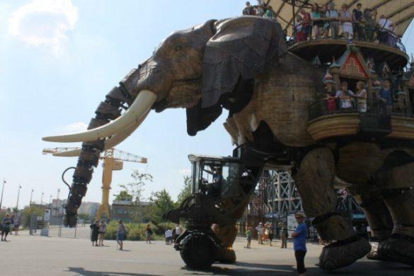 Subir al gran elefante - Qué hacer en Nantes