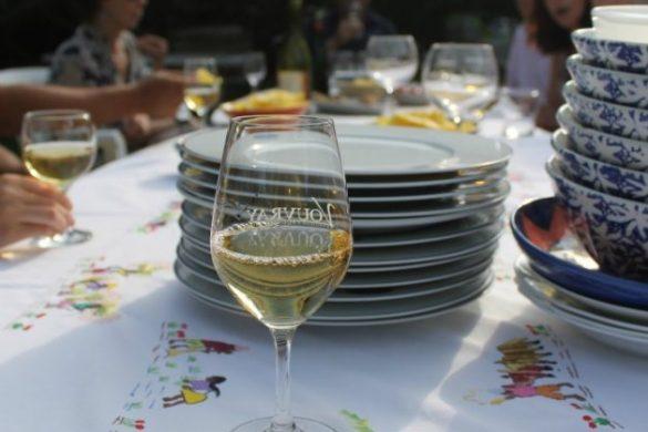 Cena con invitados en la Bretaña francesa