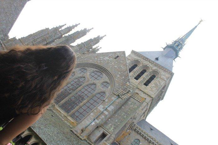 Claudia en el Monte Saint-Michel