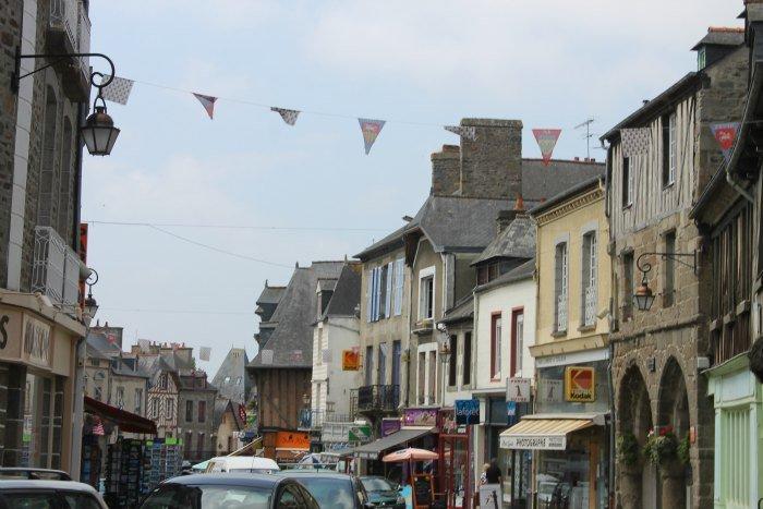 Dol-de-Bretagne, pueblos de la Bretaña francesa