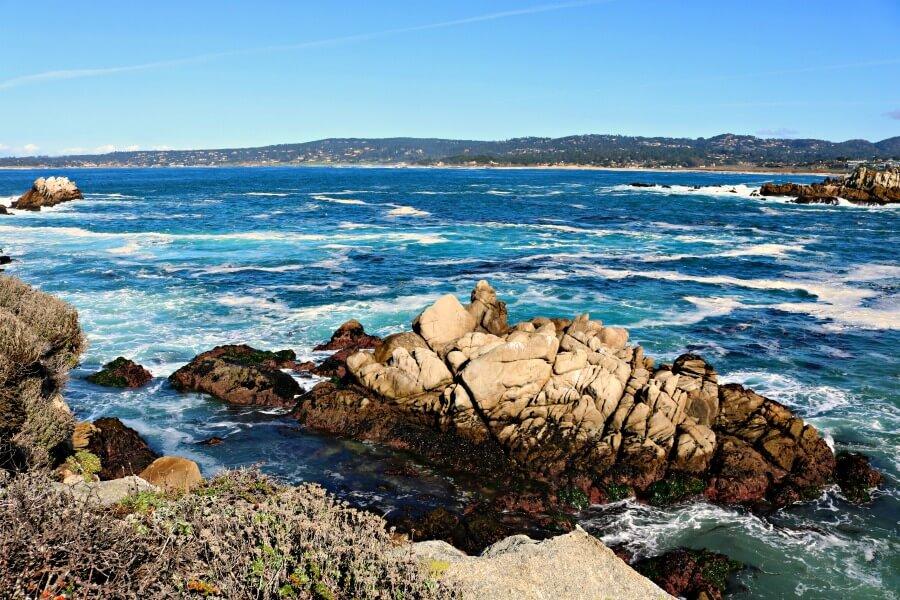 El azul del mar más intenso que nunca en Point Lobos State Park