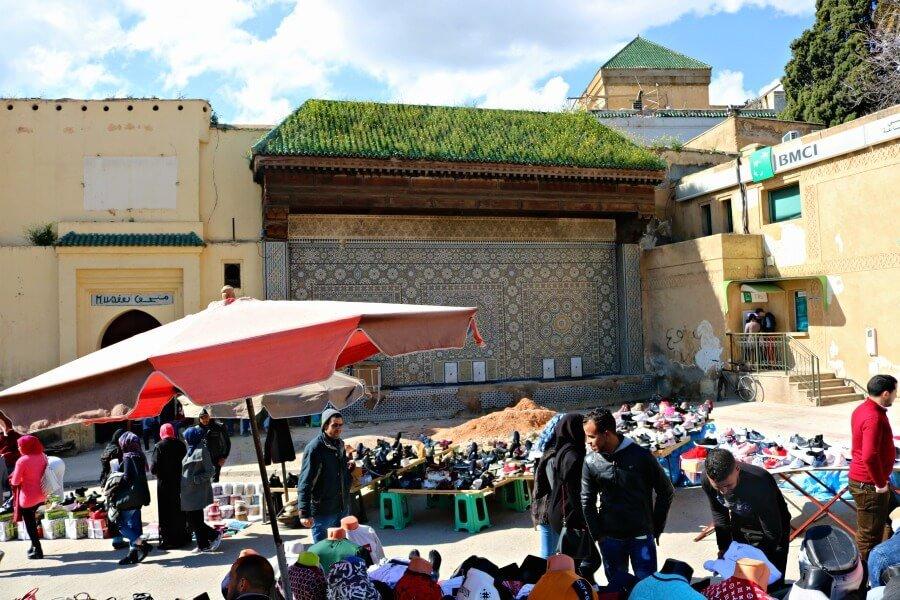 Fuente de la Place Lahdime de Meknès