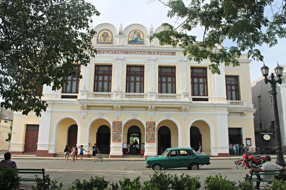 Teatro Tomás Terry de Cienfuegos
