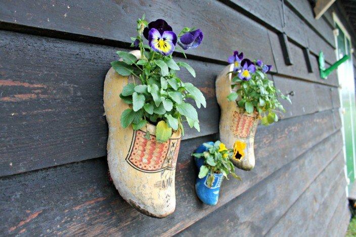 Zuecos con flores en Holanda
