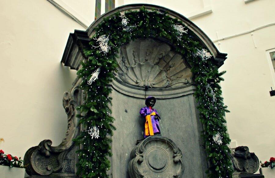 Los  ropajes del Maneken Pis en Bruselas