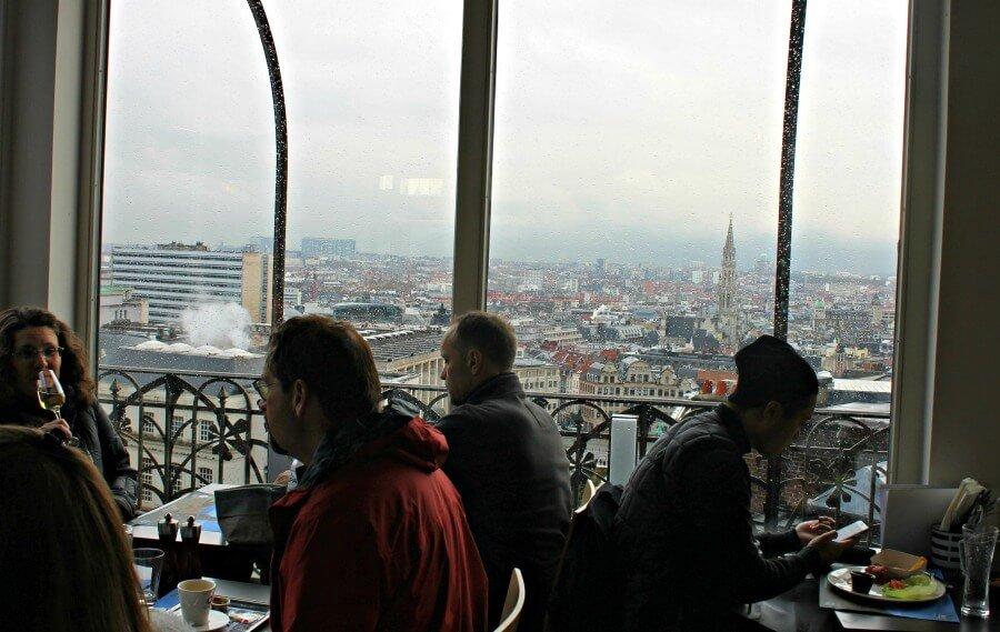 Vistas a la Grand Place de Bruselas desde el Museo de los Instrumentos