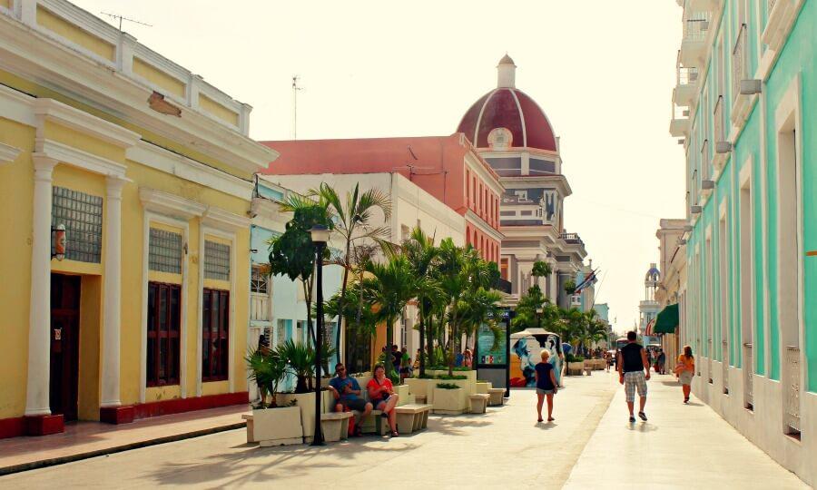 Cienfuegos, ciudad colonial en Cuba