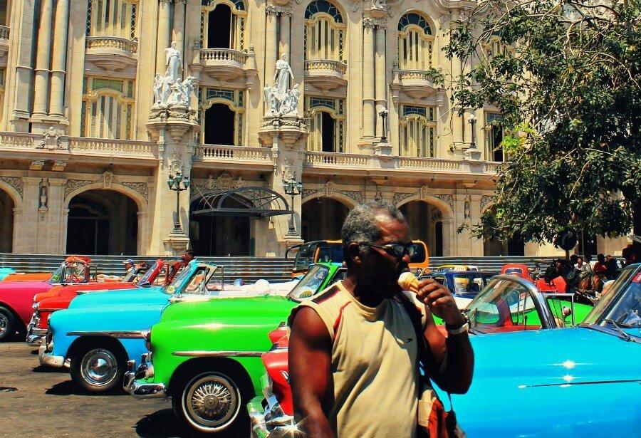 La heladería Coppelia es la más famosa de Cuba