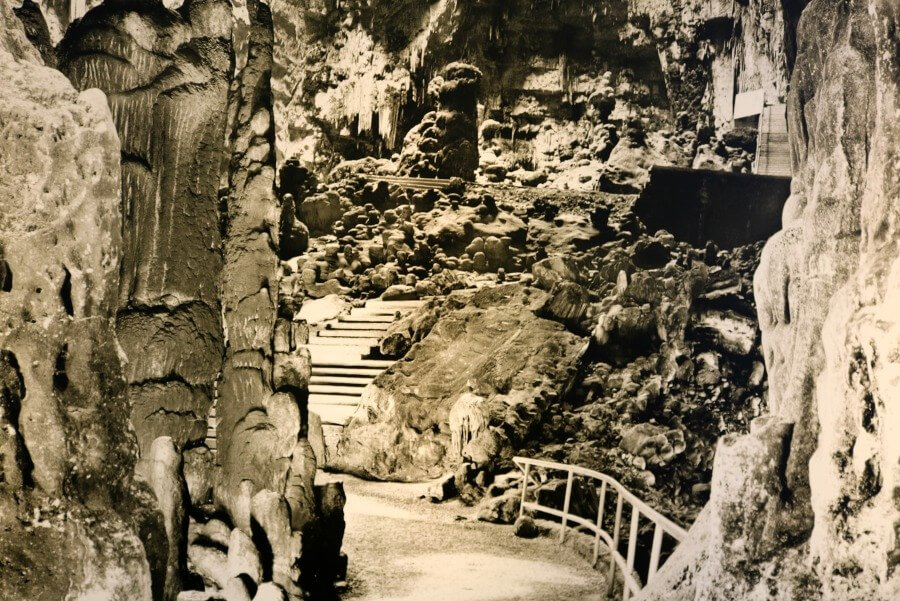 Postal de la Grotte Castellana en Salento
