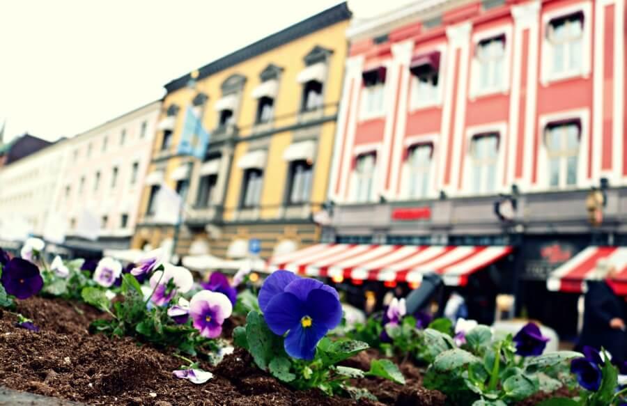 La colorida calle principal de Oslo - Qué ver en Noruega