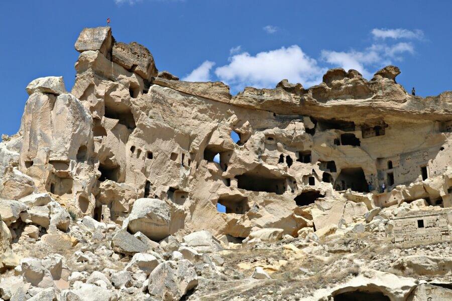 Las casas trogloditas de Çavusin - Qué ver en Capadocia