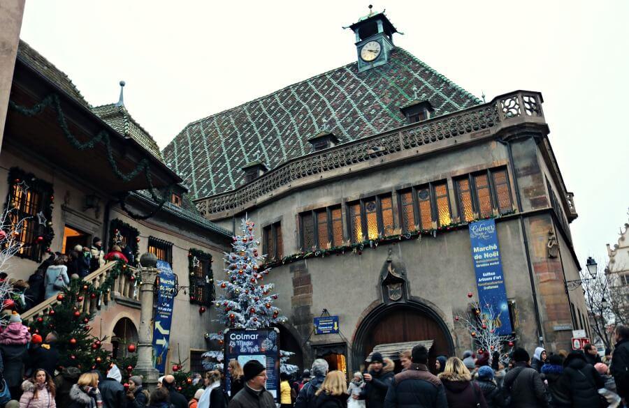 Mercado de navidad cubierto de Colmar