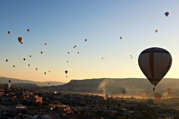 Montar en globo en Capadocia al amanecer