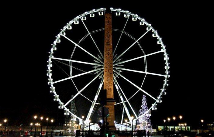 Noria en la Concordia en la navidad de París