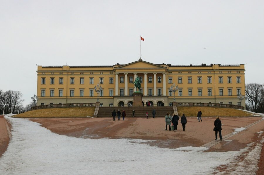 Palacio Real de Noruega - Imprescindibles en Oslo