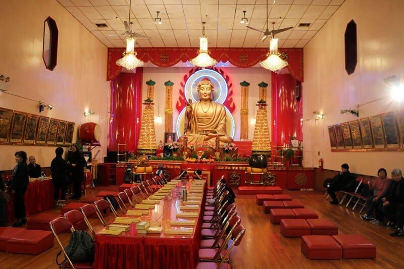 El templo budista de Mahayana en el barrio chino de NY