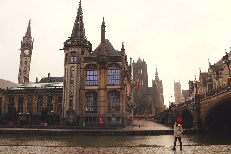 Impresionantes vistas de Gante desde el Puente de St Michael