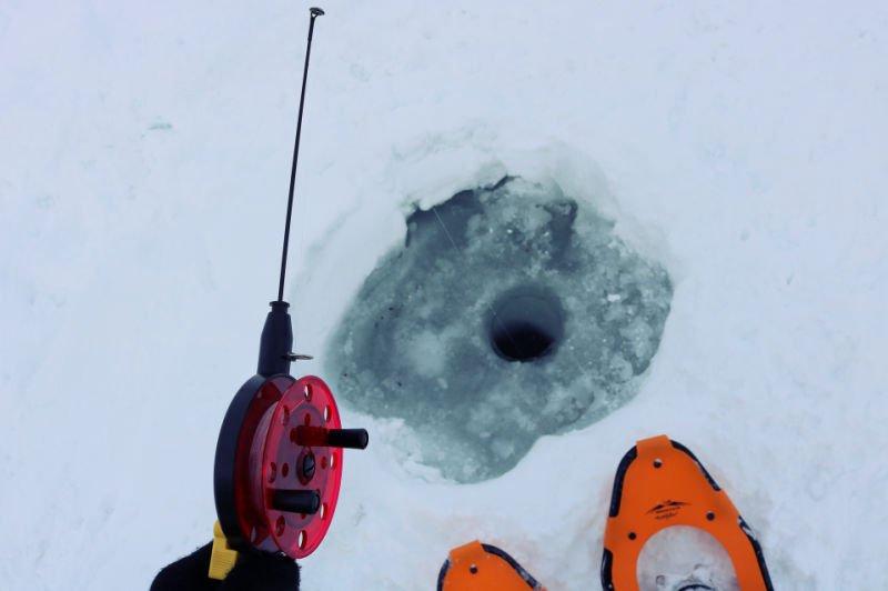 Pescar en hielo en Noruega