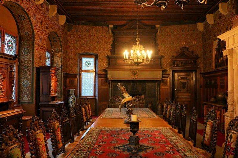 Salón comedor del castillo de Cochem