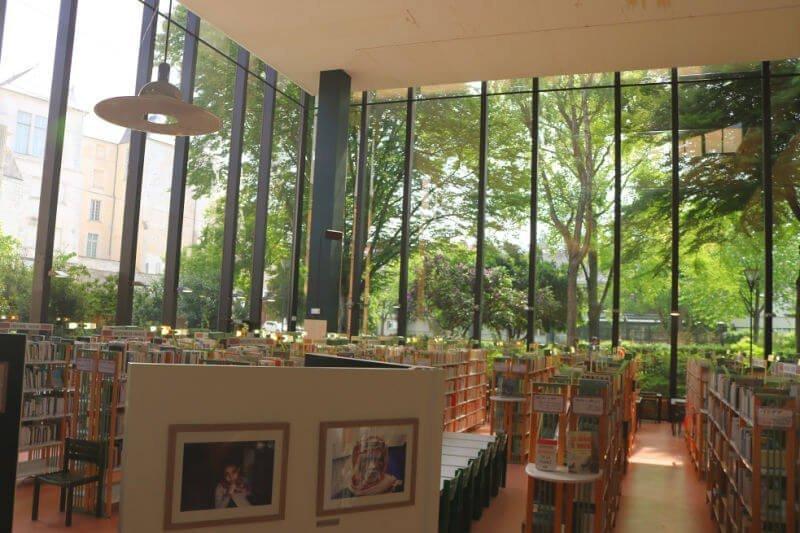 Biblioteca de Angers en el Barrio de los Museos