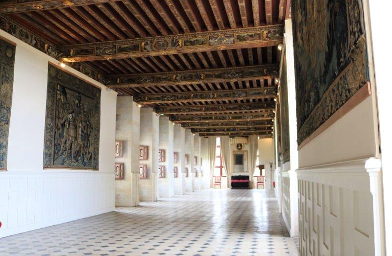 Gran Galería como la de los espejos de Versalles