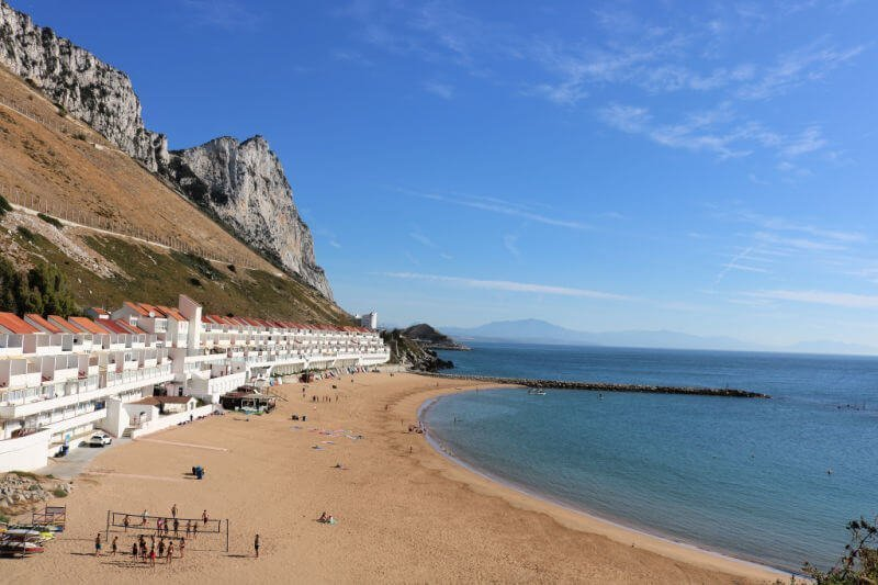Sandy Bay, perfecta para hacer paddle surf en Gibraltar