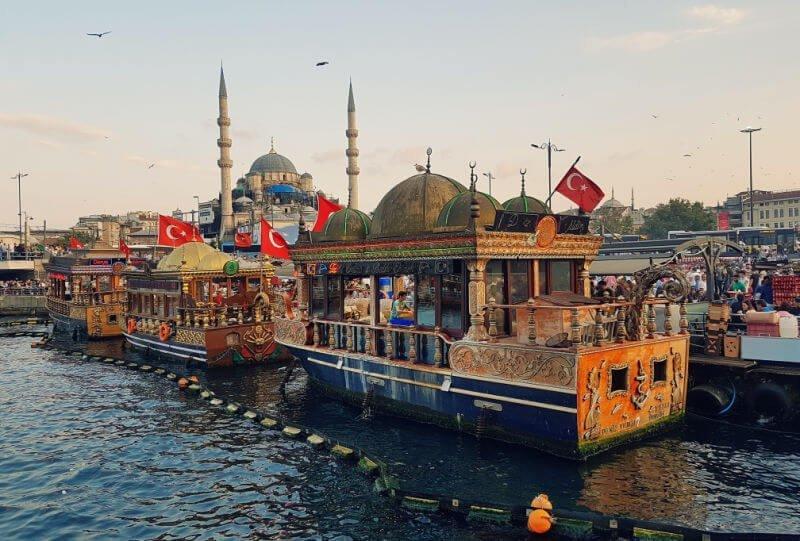 Hacer un crucero por el Bósforo - Qué ver en Estambul