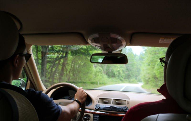 Conduciendo en Durmitor en Montenegro