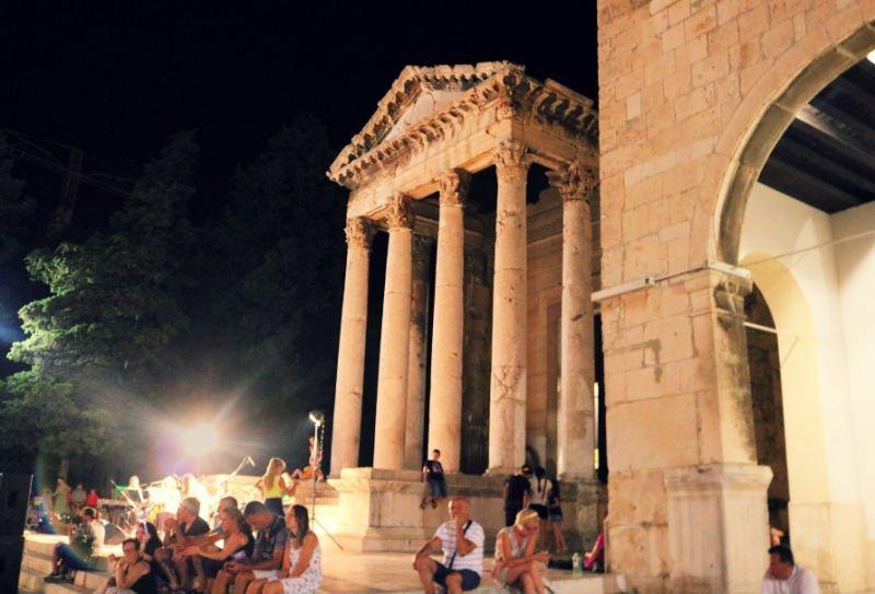 Templo de Augusto - Qué ver en Pula
