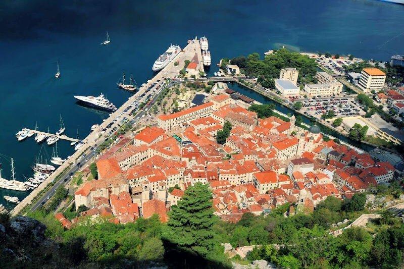 Kotor desde la Fortaleza de San Giovanni