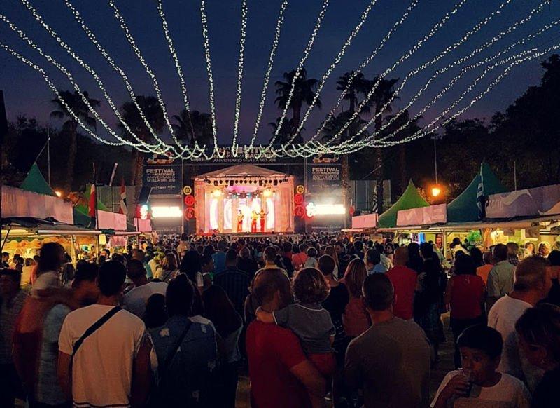Planes de otoño en Sevilla Festival de las Naciones