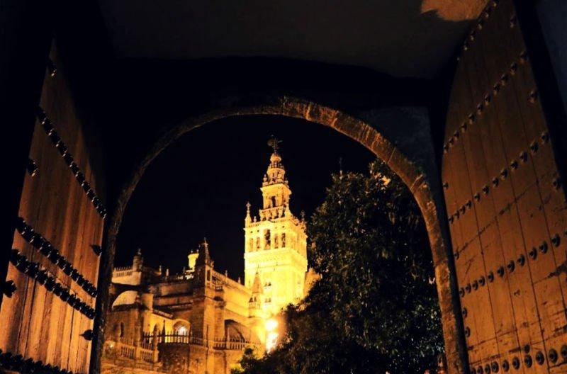 Ruta por la Sevilla misteriosa