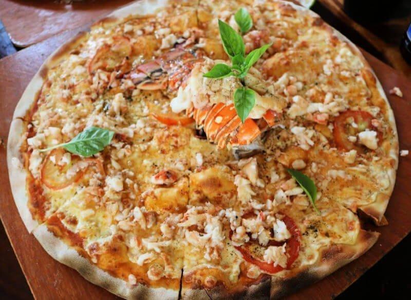 Pizza de langosta - Gastronomía mexicana