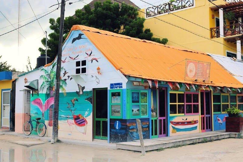 Recorrido por los graffitis de la isla