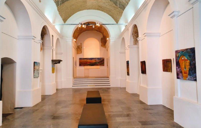 Exposición de arte contemporáneo