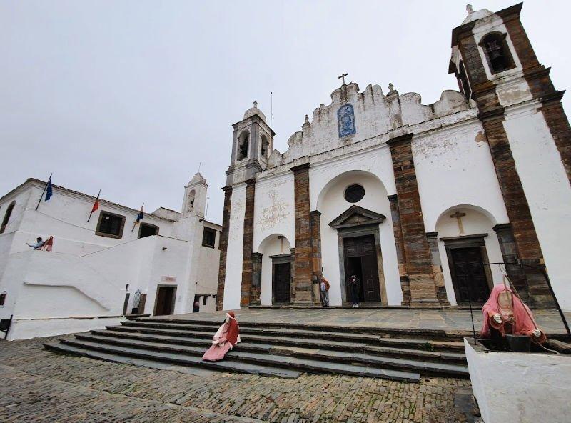 Iglesia Nuestra Señora del Lago