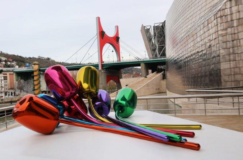 Flores de Koons en el Guggenheim de Bilbao