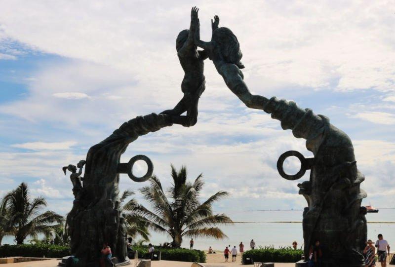 Portal Maya en Playa del Carmen